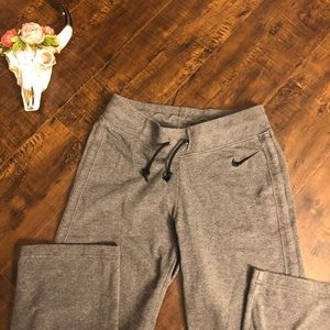 Nike gray lounge sweatpants